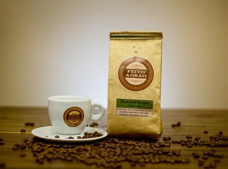 cafe_piatã_feitoagrão