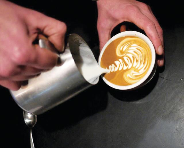 e45_Coffee 1 - Olive