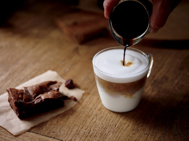 Winter_2016-Latte_Macchiato_+_Brownie