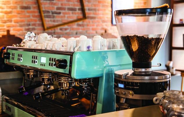 Sofá Café RJ